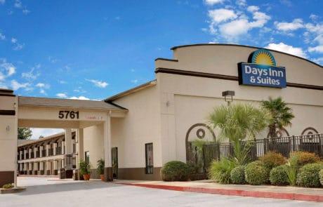 Days Inn & Suites Opelousas, Louisiana