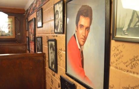 Old Schoolhouse Cafe in Washington LA